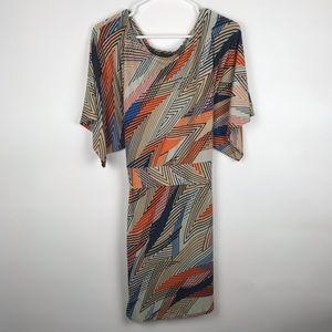 BCBGMAXAZRIA XL Geometric Tie Back Dress Kimono